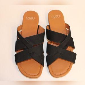 Franco Sarto Gweniver Black Flat Sandals. Sz 9.5M.